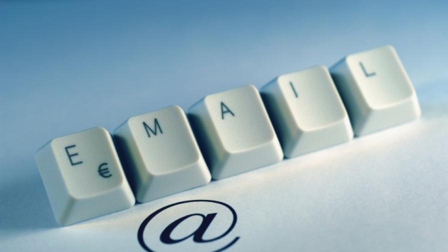 """Google въвежда поддръжка на """"динамични имейли"""""""