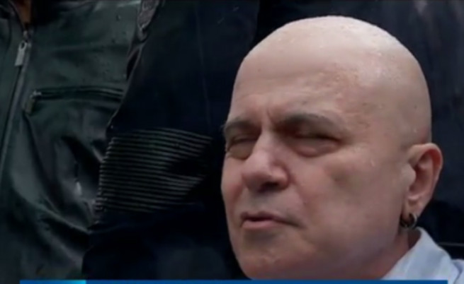 Какви са шансовете на новата партия на Слави Трифонов