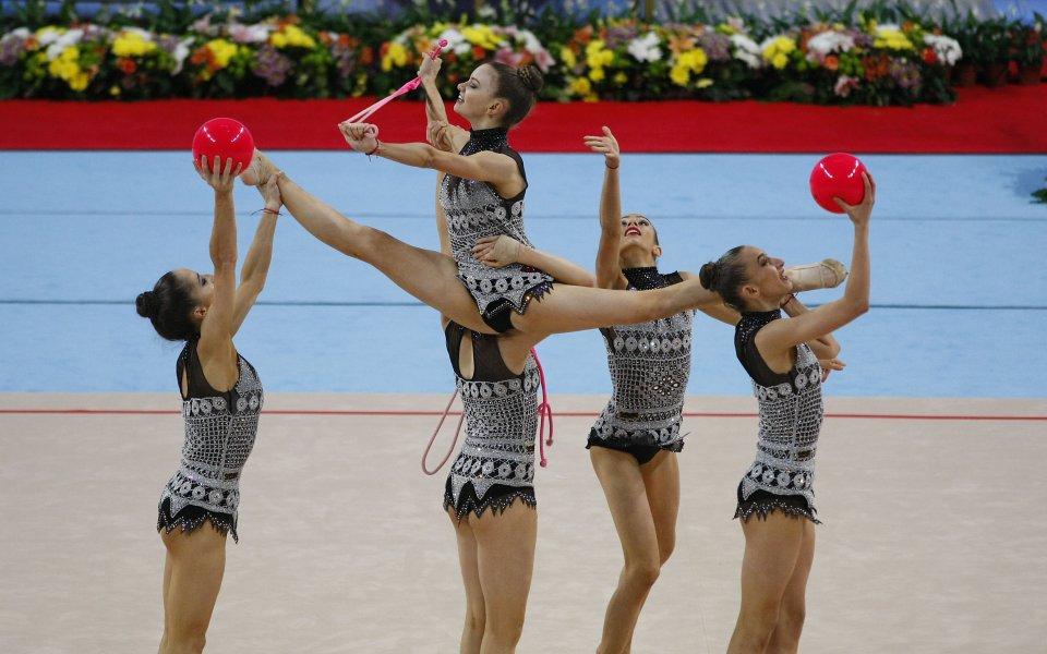 Грациите атакуват медалите в Минск