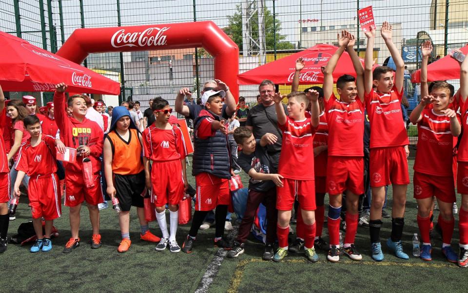 """330 участници от Варна се бориха за """"Купата на Coca-Cola"""""""