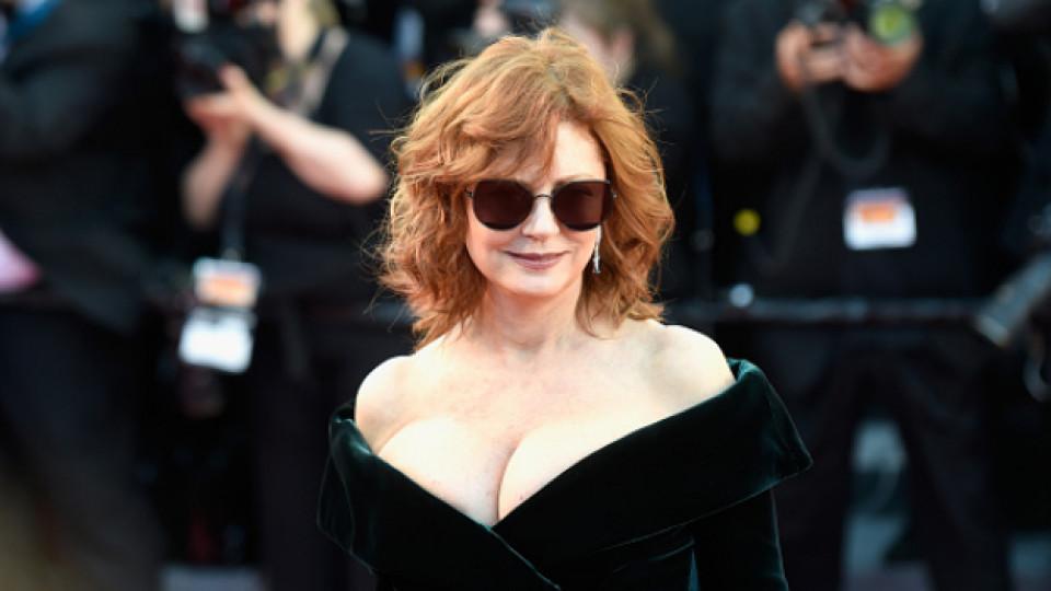 Сюзън Сарандън: На 70, а още по-секси и все така дръзка на червения килим в Кан