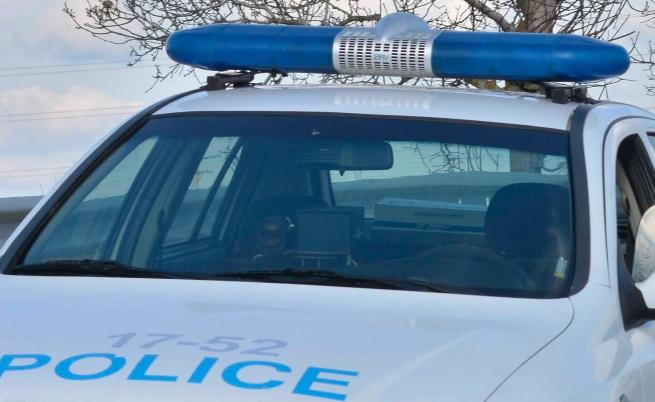 Катастрофа между автобус, тролей и кола в Хасково