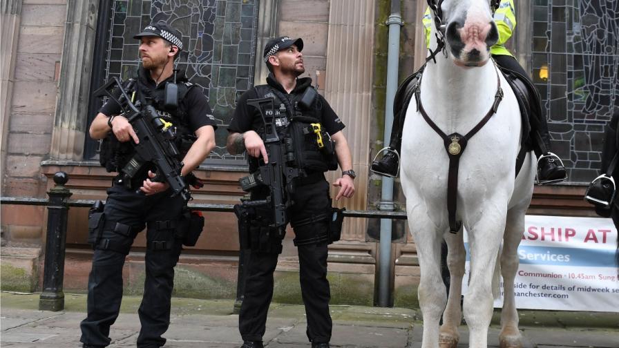 Още арести в Манчестър, атентаторът не е бил сам