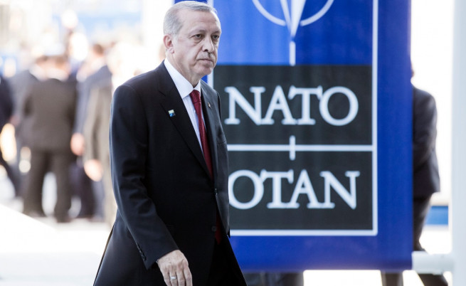 Ердоган с пет послания в сърцето на Европа