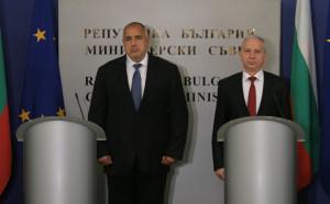 Двама премиери един срещу друг на тенис турнир в София