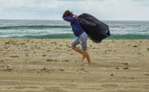 """126 бегачи от 3 държави участват в третия пясъчен полумаратон """"Камчийски пясъци"""""""