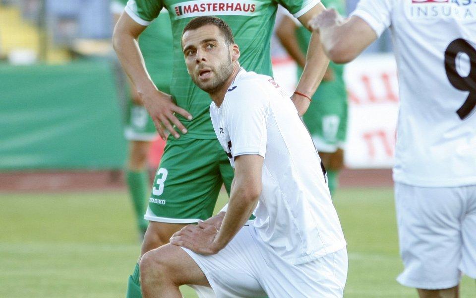 Косъма се къса да вкарва в Армения, но тимът му не би