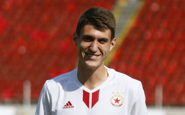 Футболистите на ЦСКА - Пламен Гълъбов и полузащитникът Никола Колев