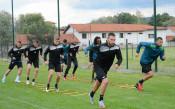 Гонзо ползва всички с Левски, Чунчуков с първа тренировка