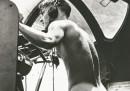 Голият картечар, Рабаул, 1944 г. (отрязана снимка)