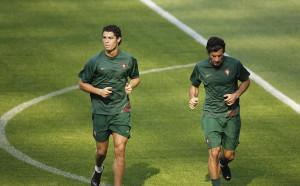 Фиго за Роналдо: Незаменими играчи няма