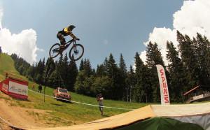 Силен старт на летния колоездачен сезон в Пампорово-Мечи чал
