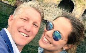Ана Иванович и Бастиан Швайнщайгер станаха родители