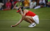 Забраниха на голфърките дълбоки деколтета и къси поли