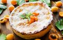 Разточителен сладкиш със сезонни плодове