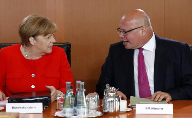 Ангела Меркел и Петер Алтмайер