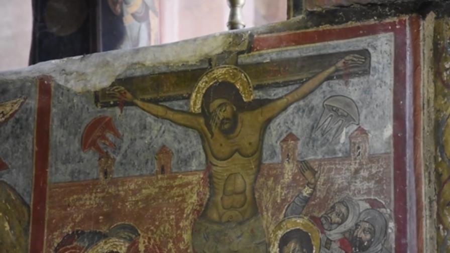 Фреска на Христос доказва съществуването на НЛО
