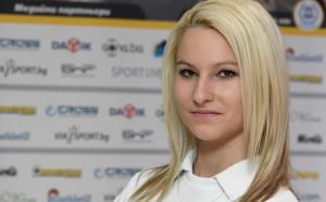 Таня Звискова на крачка от Топ 8 на Европейското по спортна стрелба