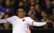 Челси и Валенсия преговарят за португалски национал