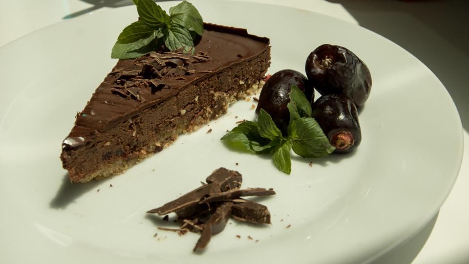 Веган шоколадова крем торта