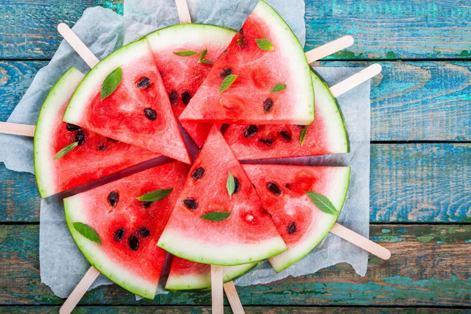 диня плодове лято