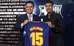Барселона официално представи Паулиньо