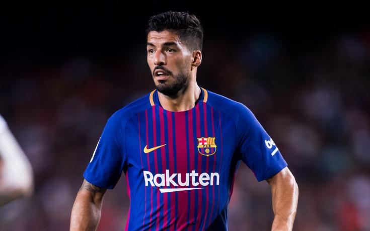 Шок в Барселона, Суарес може да се оперира