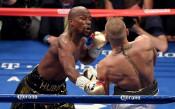 UFC може да предлага и боксови срещи