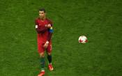 Пак Роналдо, пак с хеттрик и пак Португалия громи