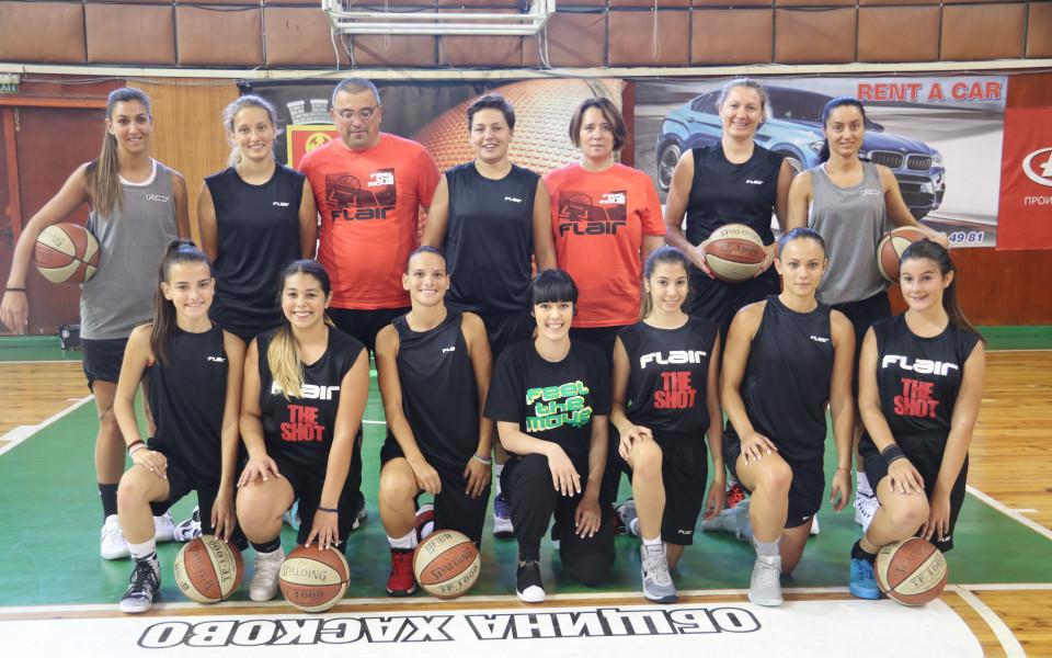 Хасково 2012 продължава безпогрешно в женското първенство