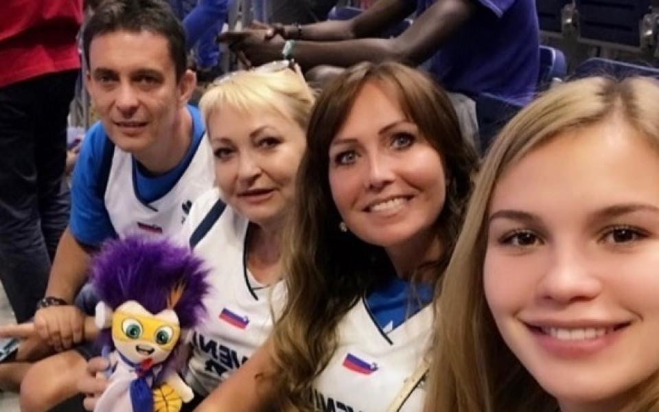Майката на Лука Дончич: Не е имало дилема за коя държава да играе