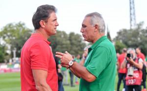 Стоичков даде емоционалното начало на мача в Стара Загора