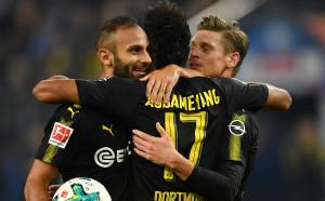 Борусия си поигра с Хамбургер и отново изпревари Байерн
