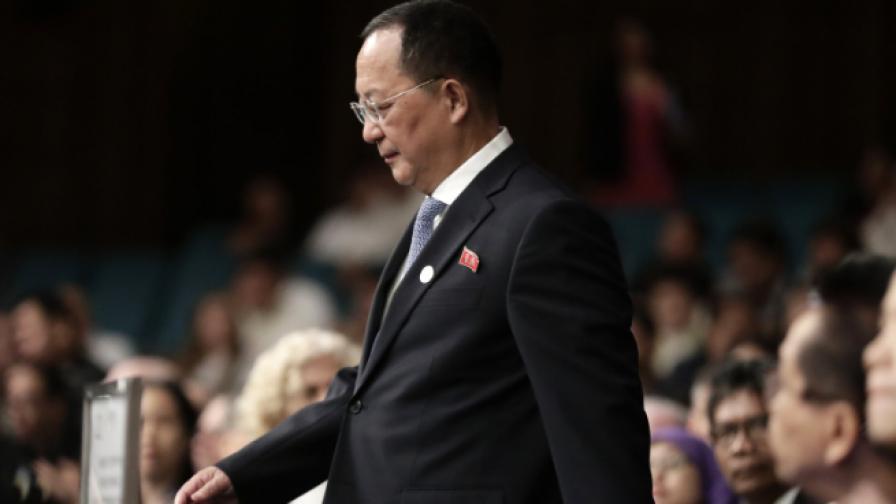 И Йон-хо - външен министър на Северна Корея