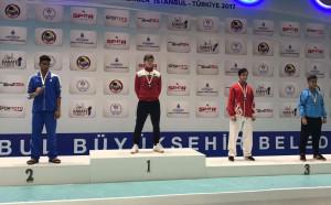 Злато и бронз за българските каратеки на Истанбул Оупън 2017