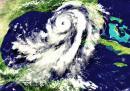 Разрушителната сила на ураганите и как я измерваме