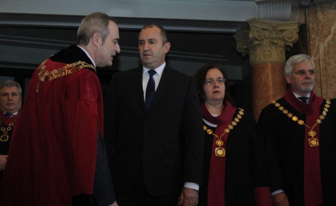 Радев: Очаквах премиерът да озапти беквокалите си в парламента