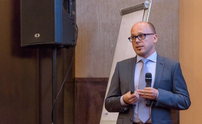 Пьотр Козаревич, регионален директор на Philip Morris за Европа по научноизследователските въпроси