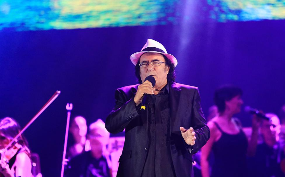 Сн. 4  - Италианският певец Ал Бано с новия си спектакъл в НДК. Той излезе на сцената с виртуозите от Софийска филхармония, И представи всичките си големи...
