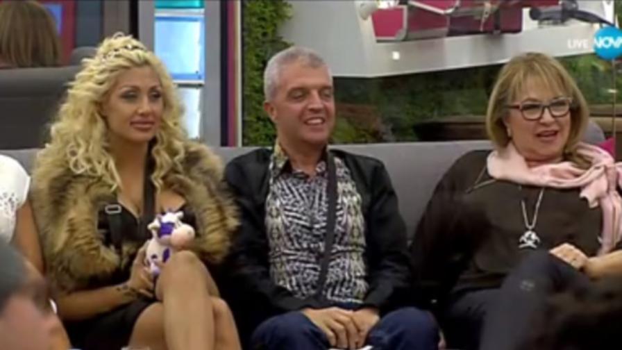 Още един напусна Big Brother, ново начало за Алекс и Дани