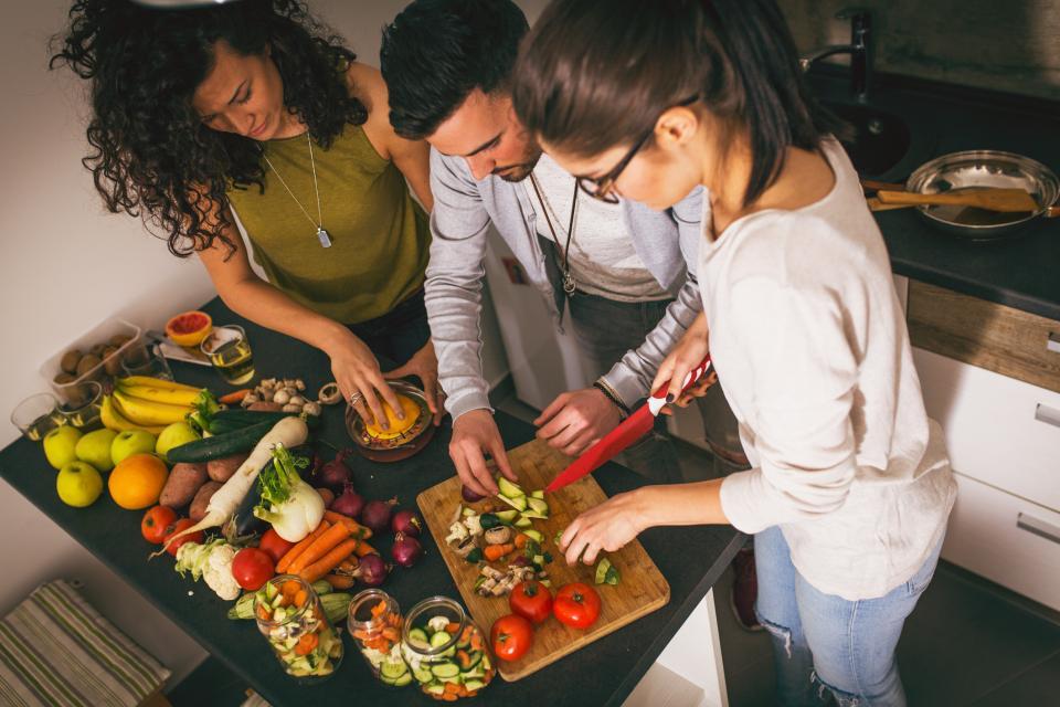 готвене жена дом кухня ядене храна
