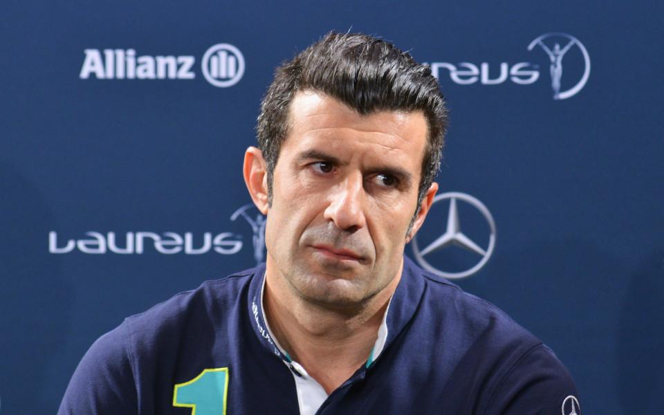 Фиго започва работа в УЕФА