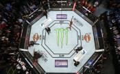 Робърт Уитакър аут от UFC 221, Йоел Ромеро го заменя