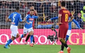 Наполи с осма поредна победа, Рома не успя