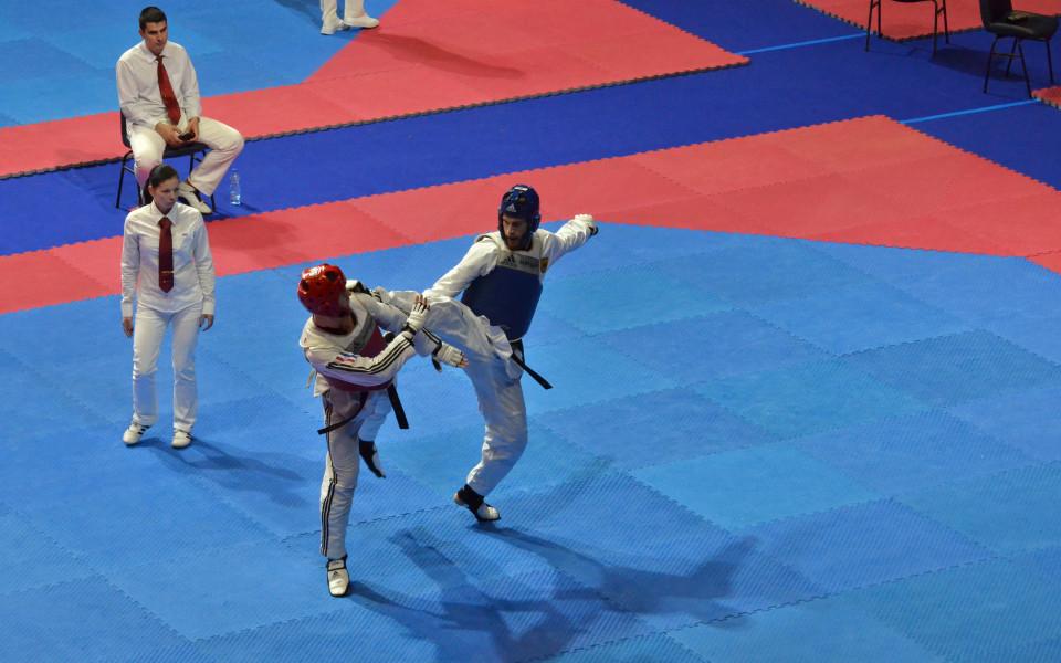 България с 20 медала от първия ден на турнира по таекуондо в София