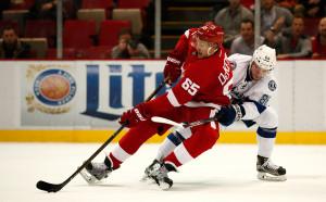 Детройт разби Чикаго в НХЛ