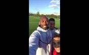 Коби Брайънт посети ПСЖ, шашна Неймар и Мбапе с футболни умения