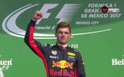 Награждаването на победителите в Гран при на Мексико