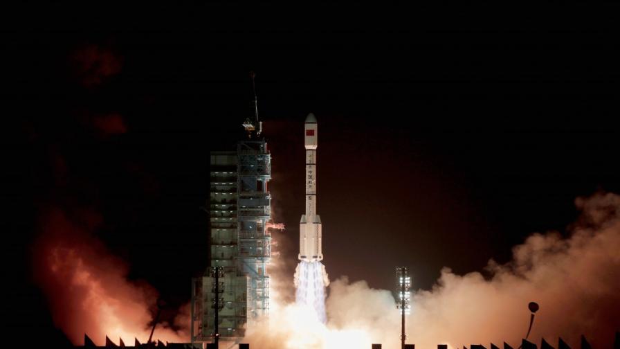 """Изстрелването на """"Тянгун"""" 1 през 2011 г."""