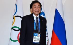 Босът на световния бокс подаде оставка